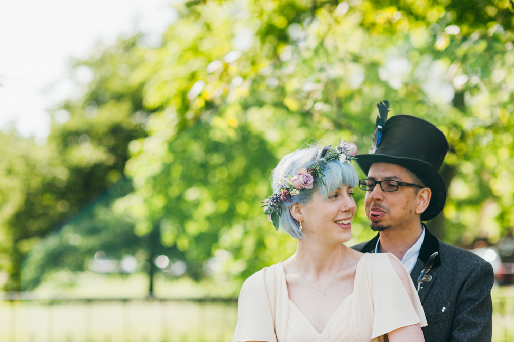 funky-wedding-mariage-musée-londres-cheveux-lilas (53)