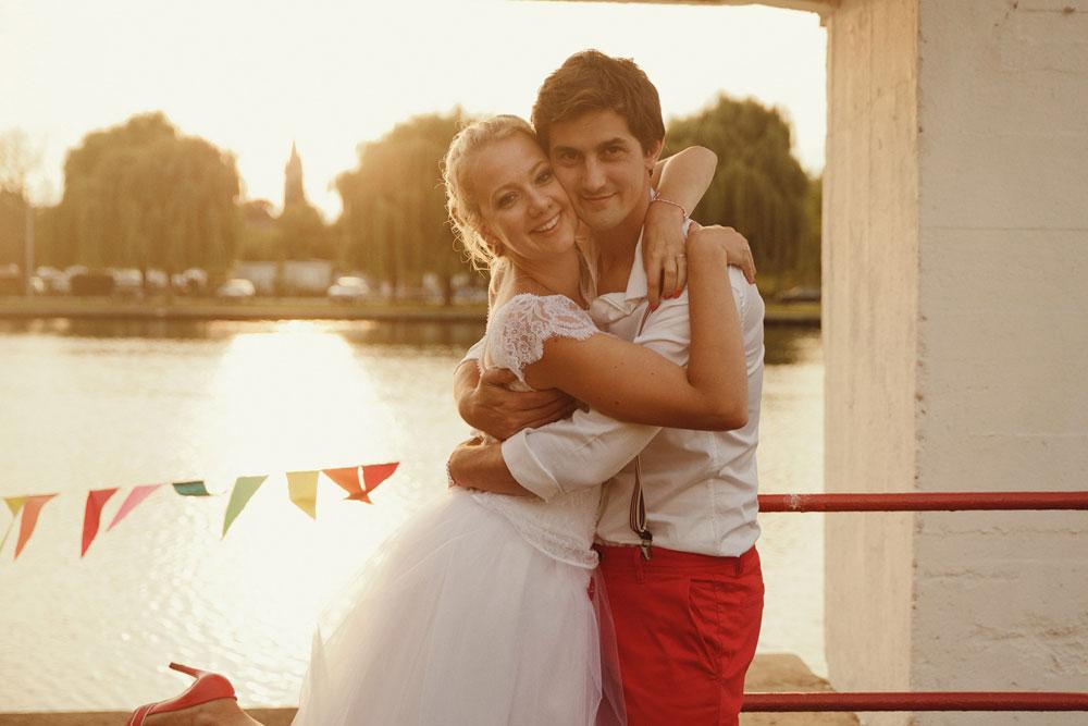 mariage-funky-piscine-abandonnée-plage-de-boran (28)