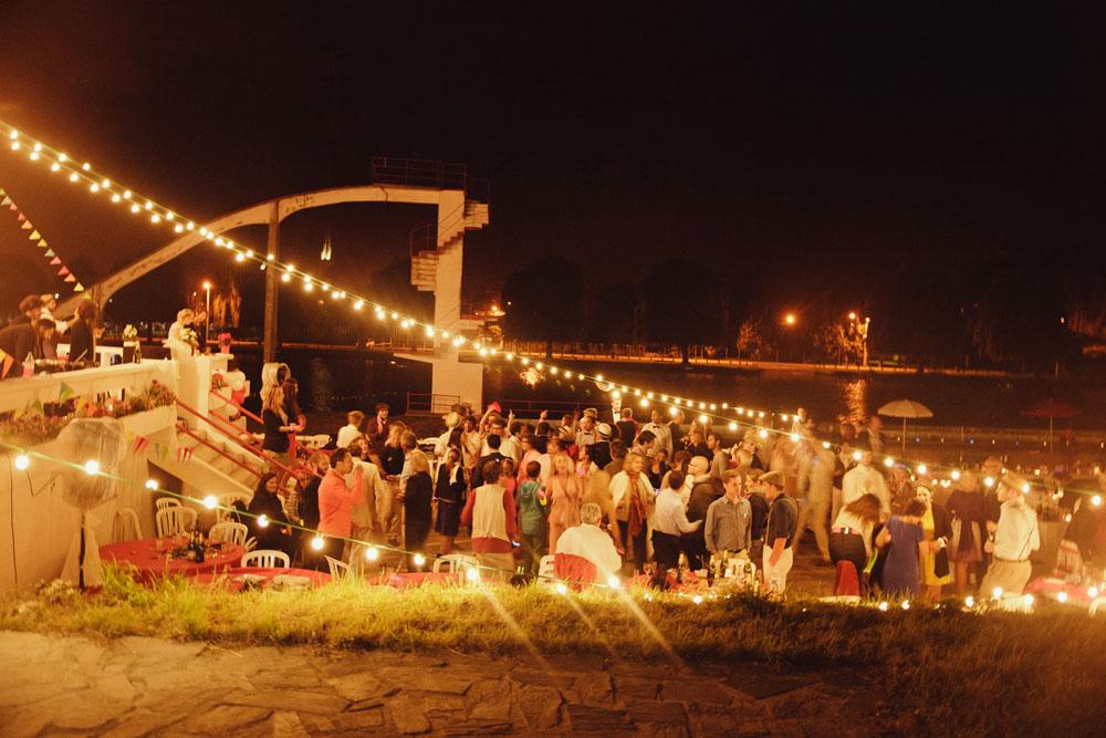 mariage-funky-piscine-abandonnée-plage-de-boran (41)