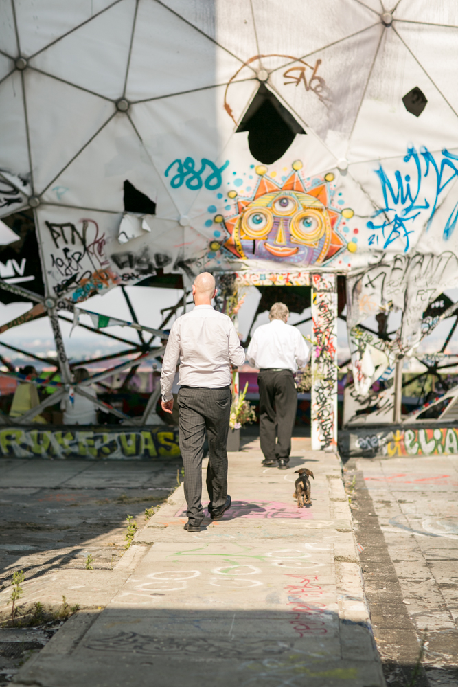 Fran-Burrows-funky-wedding-teufelsberg-Berlin (10)