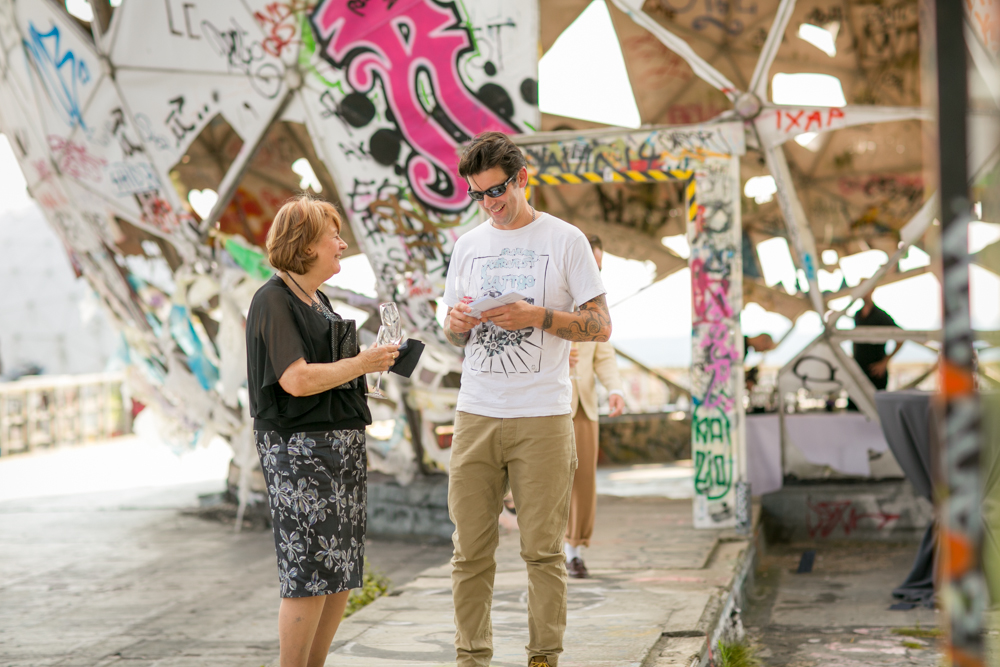 Fran-Burrows-funky-wedding-teufelsberg-Berlin (16)