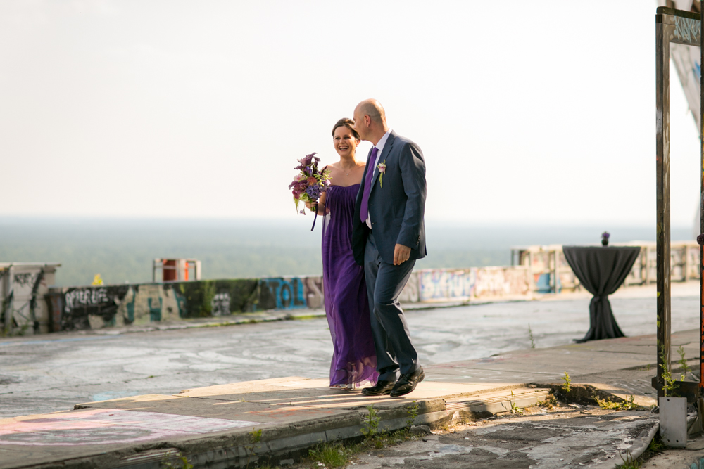 Fran-Burrows-funky-wedding-teufelsberg-Berlin (17)