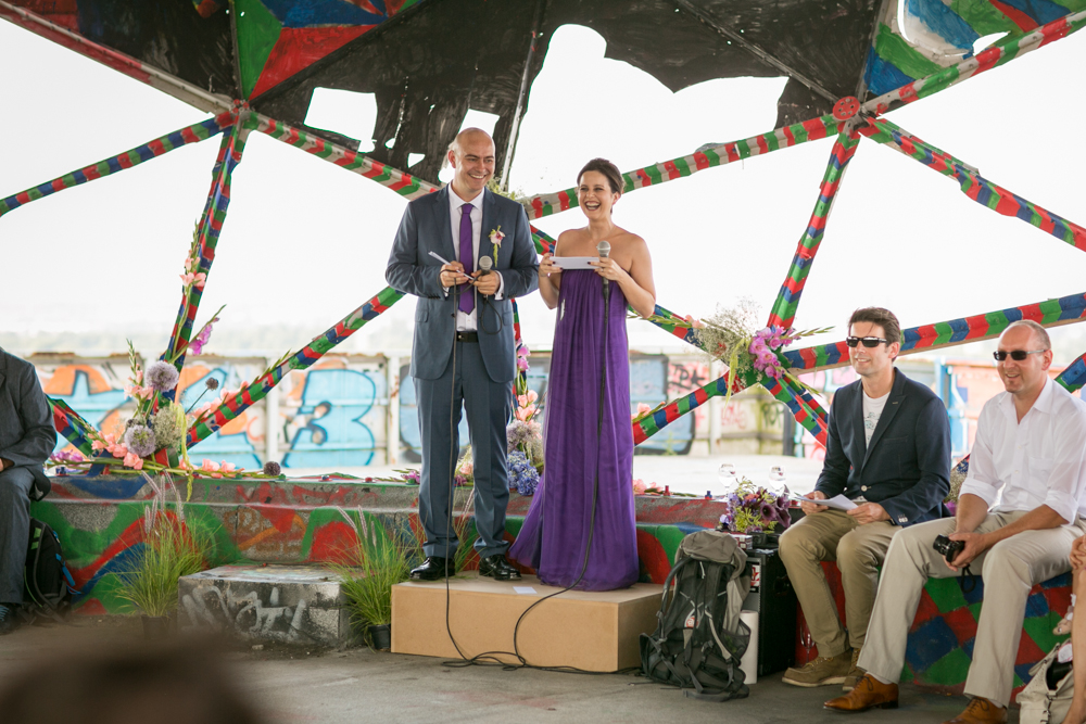 Fran-Burrows-funky-wedding-teufelsberg-Berlin (20)