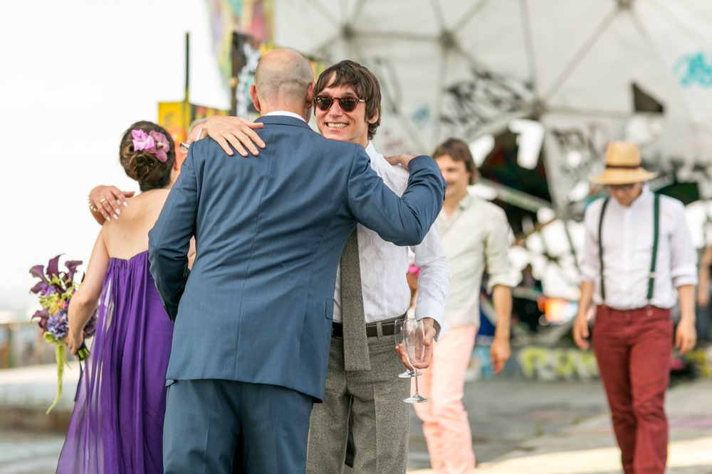 Fran-Burrows-funky-wedding-teufelsberg-Berlin (28)