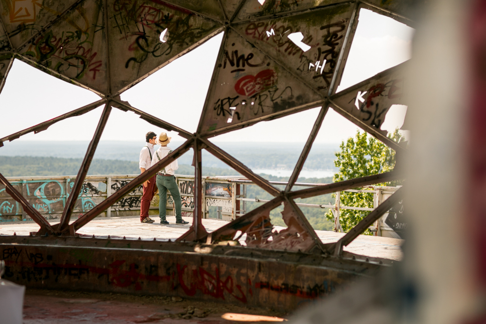 Fran-Burrows-funky-wedding-teufelsberg-Berlin (9)