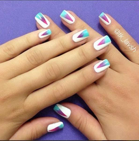 vernis-blanc-triangle-coloré-mariée-festival-coachella