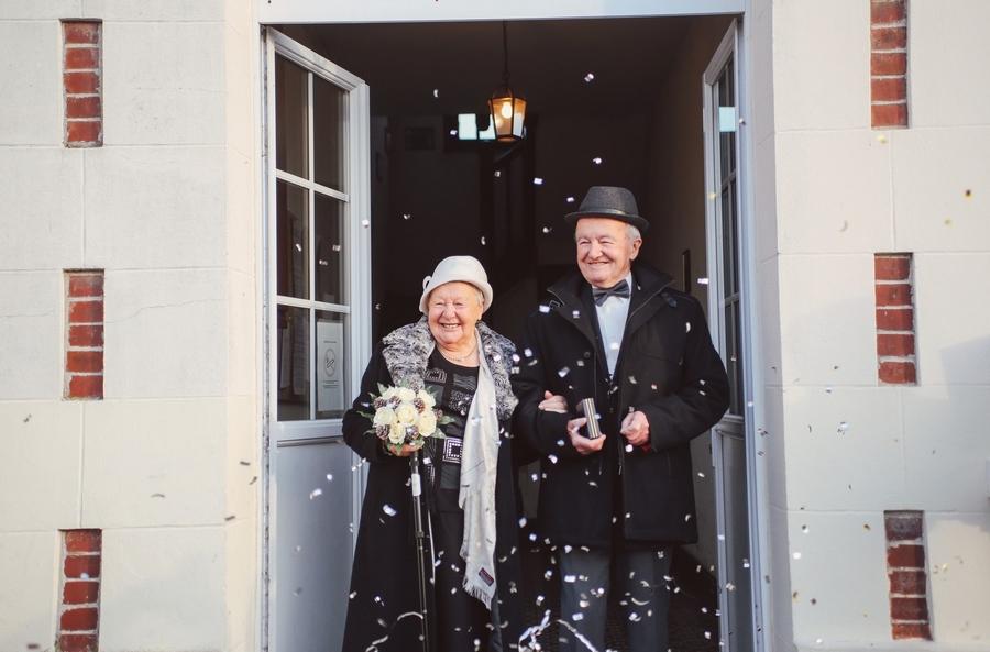 émouvante noces de diamant, un couple d'octogénaire se remarie après 60 ans de mariage