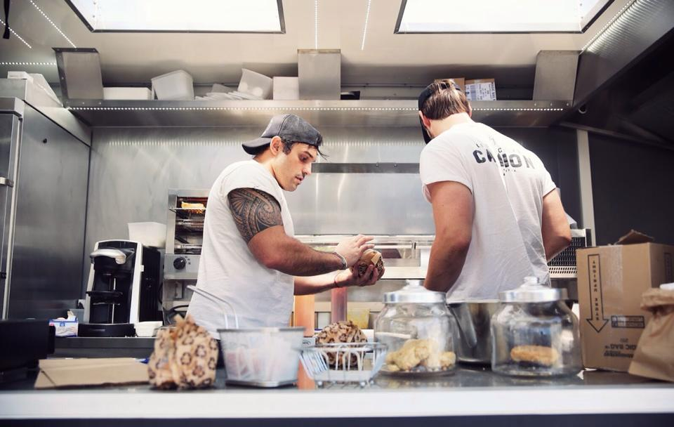 Les-mecs-au-camion-foodtruck-toulouse (4)