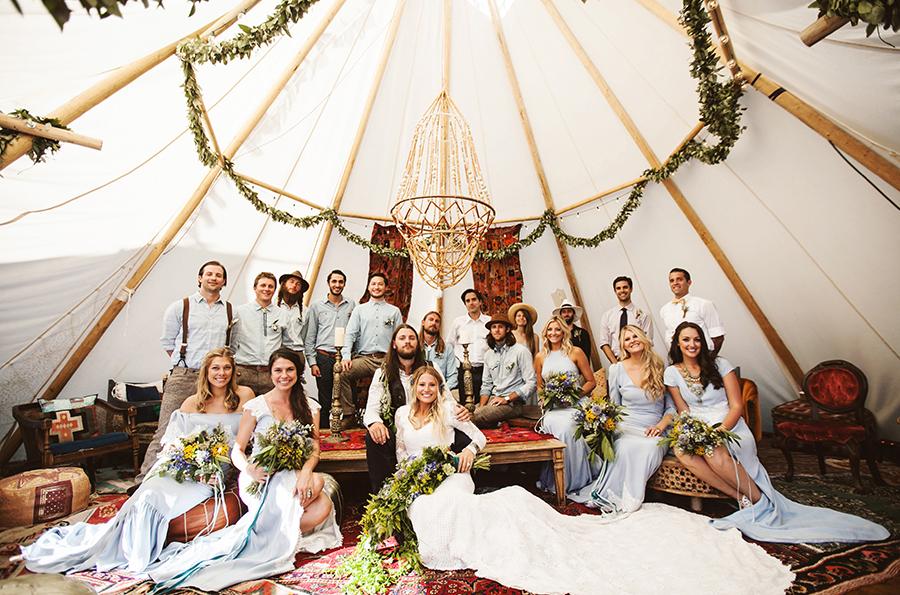 mariage-festival-coachella-funky-wedding (1)