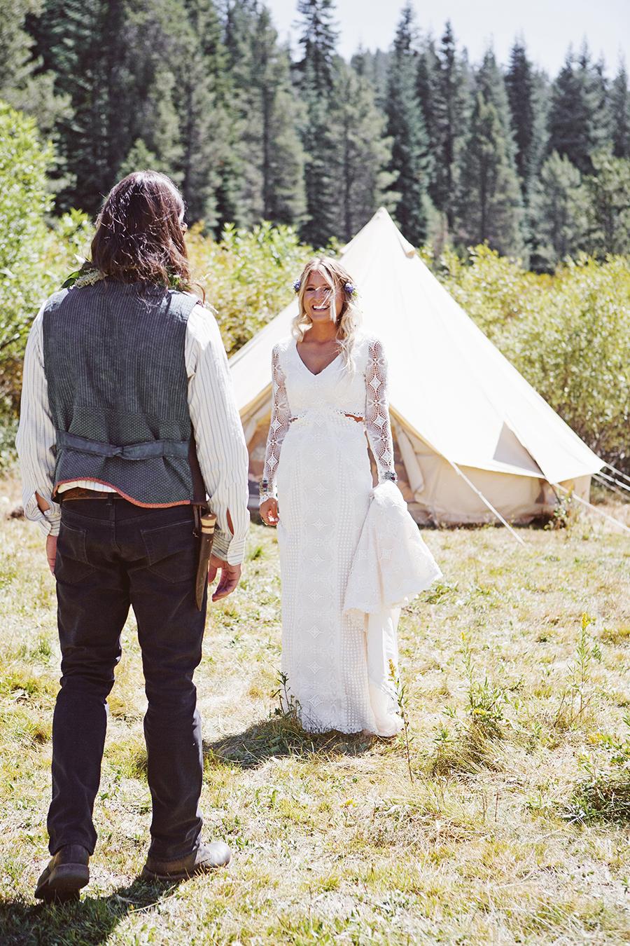 mariage-festival-coachella-funky-wedding (11)