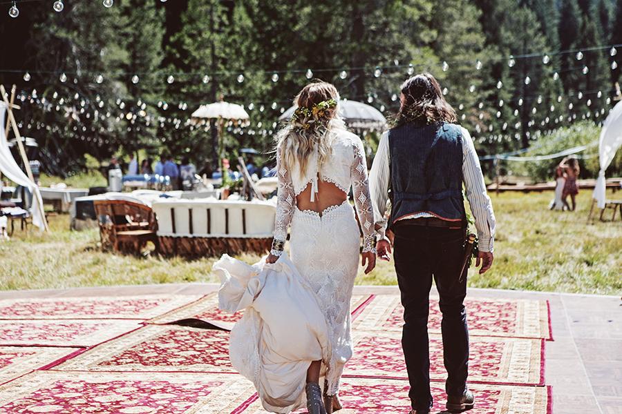 mariage-festival-coachella-funky-wedding (16)