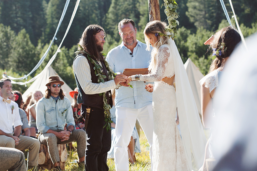mariage-festival-coachella-funky-wedding (27)
