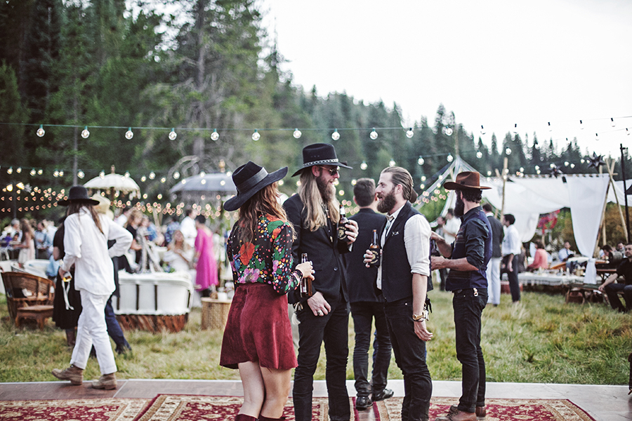 mariage-festival-tipis-boho-funky-wedding (37)